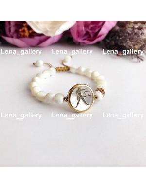 دستبند طرح نماد ماه مهر