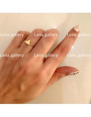 انگشتر طرح مثلث